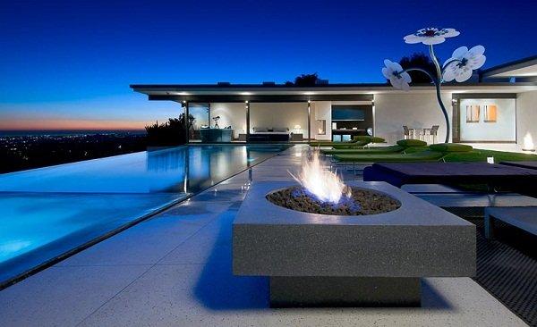 Дом в Лос-Анджелесе от Уиппла Рассела