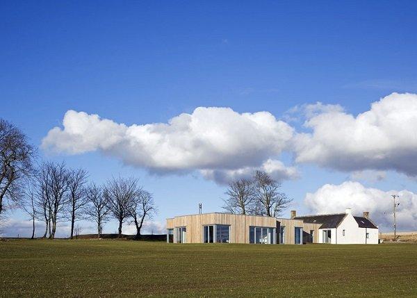 Дом на холме в Шотландии
